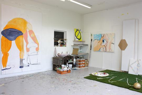 Tomoko Kawachi painting